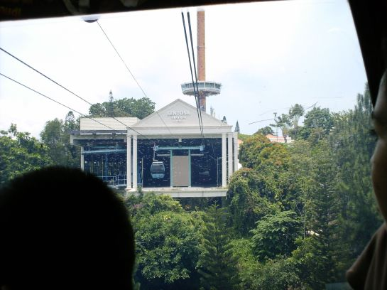 That's the cable car station in Sentosa. We're nearing there.