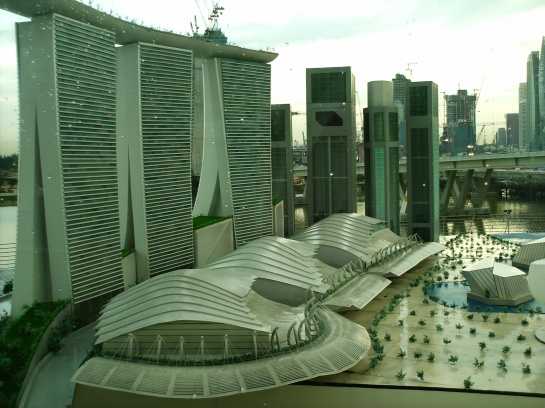 You can only see it in Singapore Flyer. I think this is the future plan for Marina Bay - a city inside a garden.